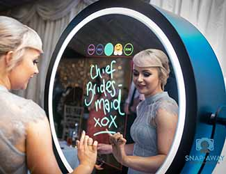 Beauty Mirror used by a Bride